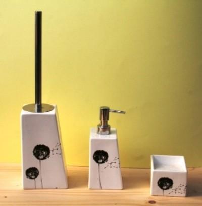 Stock accessori bagno in ceramica e accessori appendini 12 - Pezzi per bagno ...