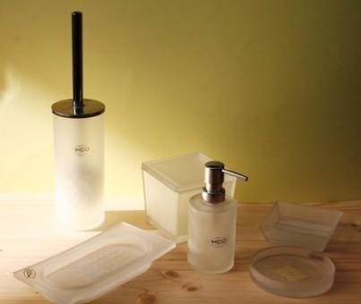 Stock accessori bagno in ceramica e accessori appendini pezzi pianeta usato - Accessori bagno in ceramica ...